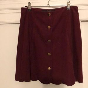 Burgundy suede skirt with scallop edge